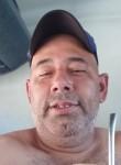 Claudio, 46  , Passos