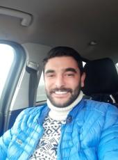 Deniz, 29, Turkey, Istanbul