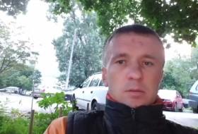 Oleg, 35 - Just Me