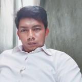 Pheak, 32  , Phnom Penh
