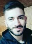 adrian, 23  , Montevideo