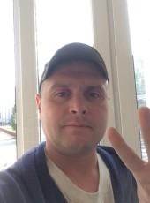 Maksim, 35, Belarus, Hrodna