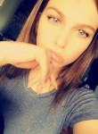 Anaë, 20, Paris