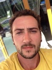 Anthony, 27, France, Albertville