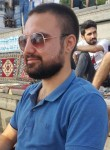 Ali, 25  , Maltepe