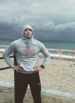 Tommy, 24  , Sevastopol