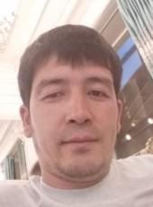 oybek, 18, Kyrgyzstan, Bishkek