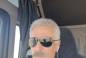 Tırcı, 60 - Just Me