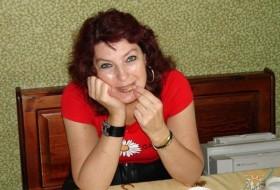 Nina, 60 - Just Me