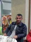 xhoni, 40  , Tirana