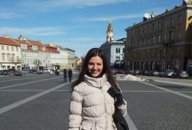 Yuliya , 28 - Just Me