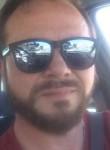 Massimiliano, 44  , Pozzuoli