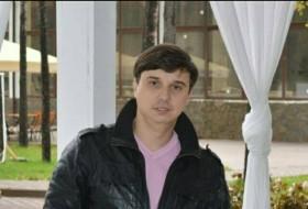 Serg, 35 - Just Me