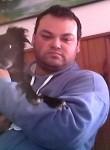 Alberto, 37  , Zarate