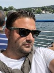 Selim, 40  , Suresnes