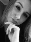 Elena, 22  , Borovsk