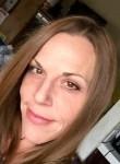Janeatte, 48  , Salinas