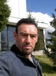 goni, 40  , Tirana