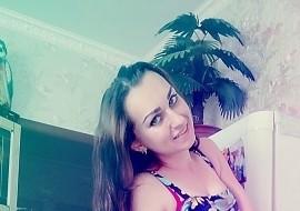 Yana , 24 - Just Me