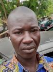 Oumar , 30  , Bamako