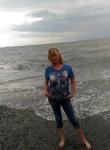 Lena, 54  , Tosno