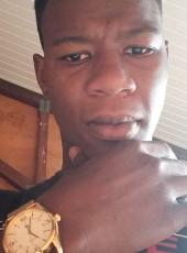 Philippe, 24, Guadeloupe, Petit-Bourg