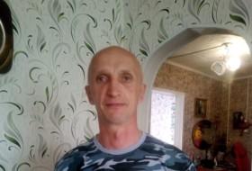 Dmitriy, 48 - Just Me