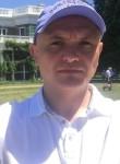 Volodymyr , 45  , Copiague