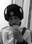 Mohammed-Reda, 20  , Marseille 05