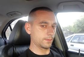 Serg, 36 - Just Me