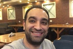 mohamed, 33 - Just Me