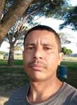Roberto, 38  , Linhares