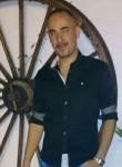 Alfonso, 42  , Murcia