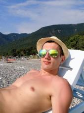 Andrey Smolnov, 32, Russia, Ufa