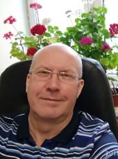 Pavel, 60, Russia, Troitsk (MO)