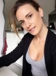 claire, 32, Paris