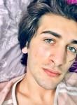 Kemal, 20, Istanbul