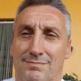 Tito , 56  , Leno