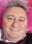 Willian, 59  , Suluova