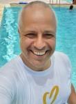 Richard , 53  , Bavleny