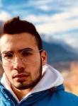 Daniele, 19  , Benevento