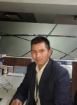 César Pá, 30  , Guatemala City