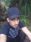 Amine, 28  , Bougara
