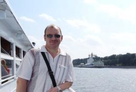 Aleksei, 50 - Just Me