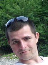 Anton, 30, Russia, Saratov