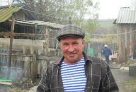 vadim, 62 - Just Me