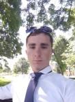 Vitaliy, 19  , Novorossiysk