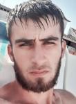 Eduard , 22  , Evora