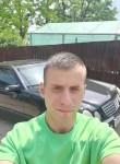 Stefan, 18  , Chisinau
