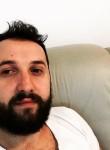 Sedat, 29  , Pristina